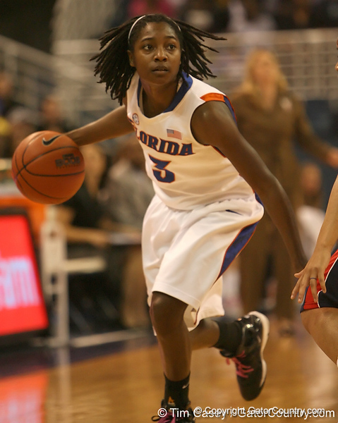 photo by Tim Casey<br /> <br /> Florida senior guard Sha Brooks dribbles around the arc during the Gators' 75-54 win against the Mississippi Rebels on Sunday, January 25, 2009 at the Stephen C. O'Connell Center in Gainesville, Fla.