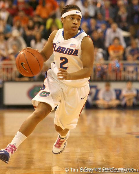 photo by Tim Casey<br /> <br /> Florida junior guard Lonnika Thompson drives to the basket during the Gators' 75-54 win against the Mississippi Rebels on Sunday, January 25, 2009 at the Stephen C. O'Connell Center in Gainesville, Fla.