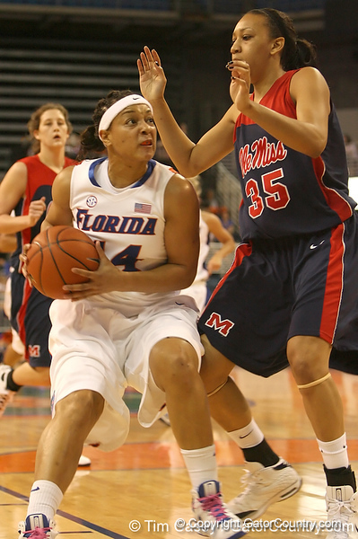 photo by Tim Casey<br /> <br /> Florida senior forward Marshae Dotson drives to the basket during the Gators' 75-54 win against the Mississippi Rebels on Sunday, January 25, 2009 at the Stephen C. O'Connell Center in Gainesville, Fla.