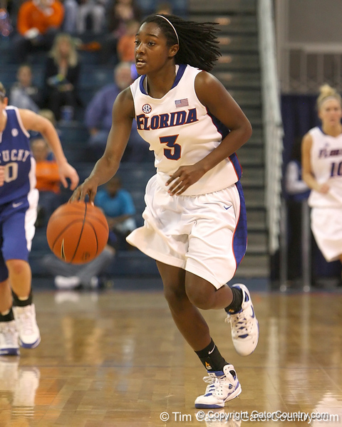 photo by Tim Casey<br /> <br /> Florida senior guard Sha Brooks leads a fast break during the second half of the Gators' 74-59 win against the Kentucky Wildcats on Thursday, January 29, 2009 at the Stephen C. O'Connell Center in Gainesville, Fla.