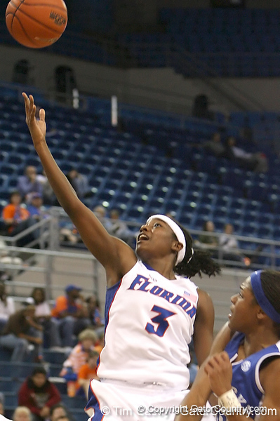 photo by Tim Casey<br /> <br /> Florida senior guard Sha Brooks shoots a layup during the second half of the Gators' 74-59 win against the Kentucky Wildcats on Thursday, January 29, 2009 at the Stephen C. O'Connell Center in Gainesville, Fla.
