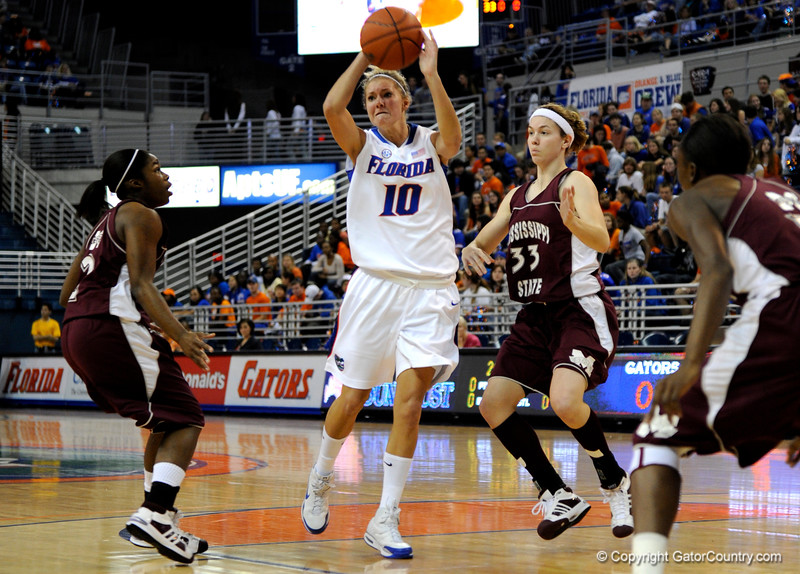 (Casey Brooke Lawson / Gator Country) UF guard Steffi Sorenson moves the ball past a Mississippi State player during the Gators game against the Lady Bulldogs in Gainesville, Fla., on January 8, 2009.