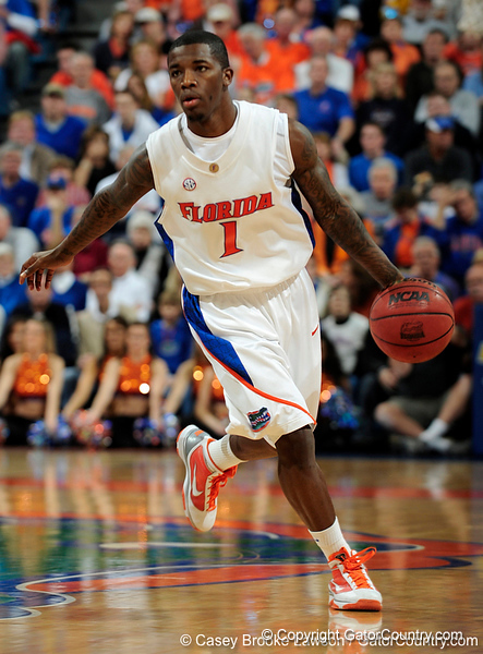 University of Florida guard Kenny Boynton moves the ball past an Xavier player during the Gators 64-76 loss to the Musketeers in Gainesville, Fla., on Saturday, February 13, 2010. / Gator Country photo by Casey Brooke Lawson