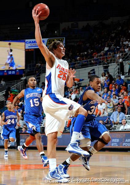 Photo Gallery: UF Men's Basketball vs. Presbyterian, 12/30/09