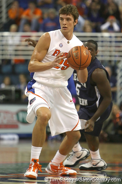 Florida junior forward Chandler Parsons looks to pass during the Gators' 69-49 win against Georgia Southern on Wednesday, November 18, 2009 at the Stephen C. O'Connell Center in Gainesville, Fla. / photo by Tim Casey