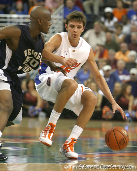 Florida junior forward Chandler Parsons dribbles past midcourt during the Gators' 69-49 win against Georgia Southern on Wednesday, November 18, 2009 at the Stephen C. O'Connell Center in Gainesville, Fla. / photo by Tim Casey