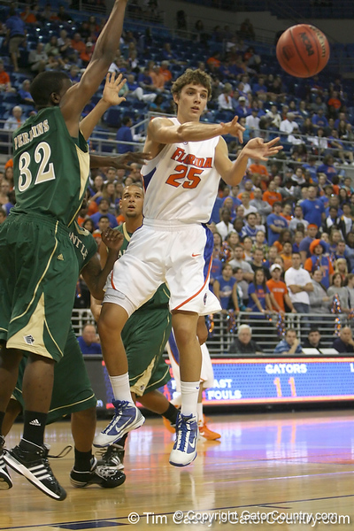 Florida junior forward Chandler Parsons passes the ball during the Gators' 95-46 exhibition game win against the St. Leo Lions on Monday, November 2, 2009 at the Stephen C. O'Connell Center in Gainesville, Fla. / Gator Country photo by Tim Casey