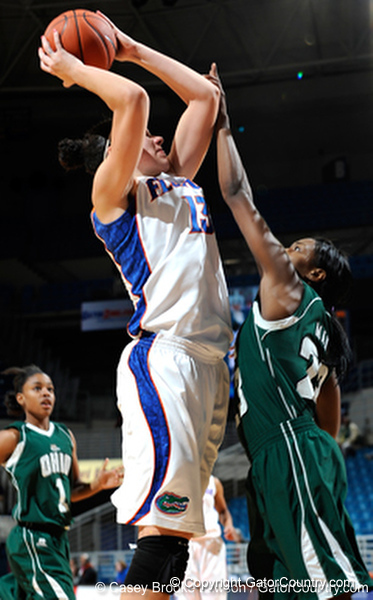 Photo Gallery: UF Women's Basketball vs. Ohio, 12/28/09
