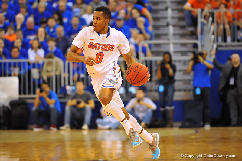 Florida guard Kasey Hill dribbles up court in the second half.  Florida Gators vs Tennessee Volunteers.  January 25, 2013.  Gator Country photo by David Bowie.
