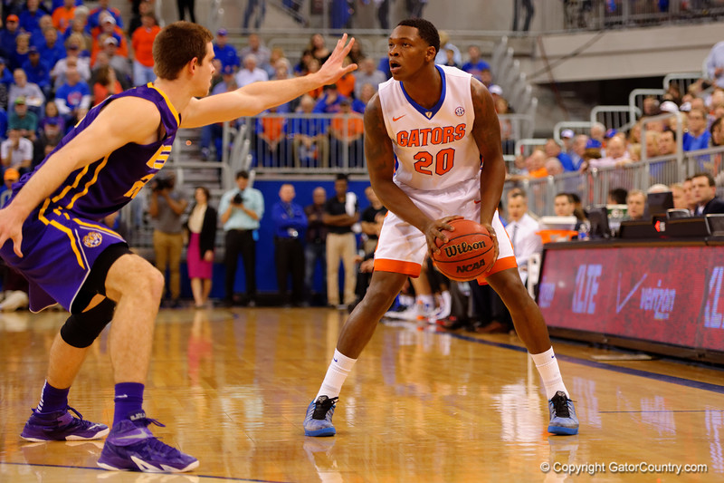 Florida Gators guard Michael Frazier II looks to take it to the basket during the first half.  Florida Gators vs LSU Tigers.  January 20th, 2015. Gator Country photo by David Bowie.