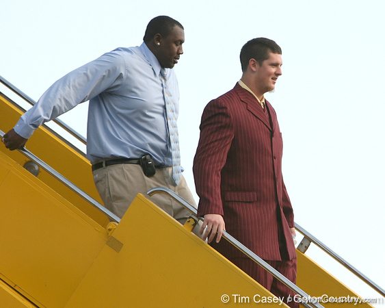 photo by Tim Casey<br /> <br /> Florida sophomore defensive end Duke Lemmens disembarks from the team plane after the Gators arrived for the BCS Championship Game on Friday, January 2, 2009 at Fort Lauderdale-Hollywood International Airport in Fort Lauderdale, Fla.
