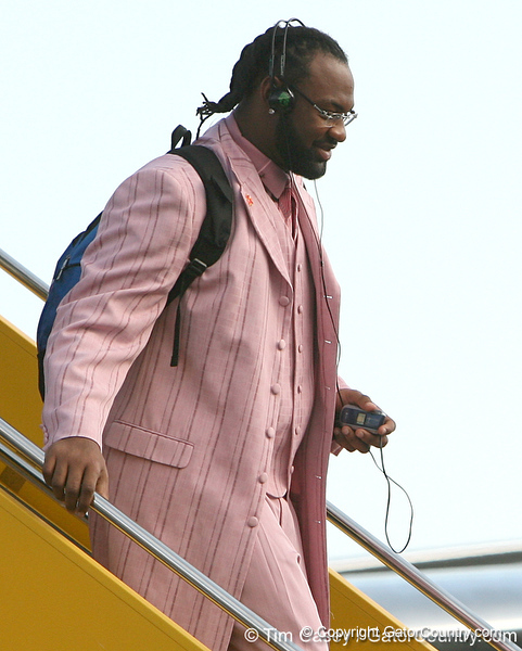 photo by Tim Casey<br /> <br /> Florida junior linebacker Brandon Spikes disembarks from the team plane after the Gators arrived for the BCS Championship Game on Friday, January 2, 2009 at Fort Lauderdale-Hollywood International Airport in Fort Lauderdale, Fla.