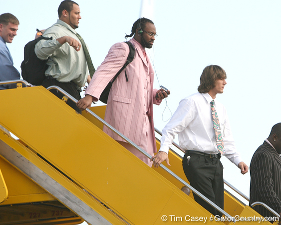 photo by Tim Casey<br /> <br /> Florida junior linebacker Brandon Spikes and Florida junior wide receiver Riley Cooper disembark from the team plane after the Gators arrived for the BCS Championship Game on Friday, January 2, 2009 at Fort Lauderdale-Hollywood International Airport in Fort Lauderdale, Fla.