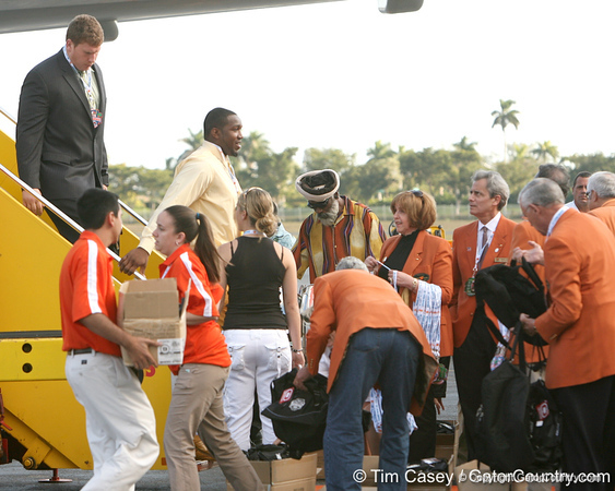 photo by Tim Casey<br /> <br /> Florida redshirt senior offensive lineman Jason Watkins disembarks from the team plane after the Gators arrived for the BCS Championship Game on Friday, January 2, 2009 at Fort Lauderdale-Hollywood International Airport in Fort Lauderdale, Fla.