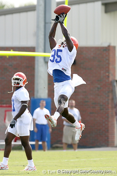 039_080804_BlackAhmad_2309_TCasey<br /> <br /> photo by Tim Casey<br /> <br /> during the Florida Gators' first day of fall football practice on Monday, August 4, 2008 at the Sanders football practice fields in Gainesville, Fla.
