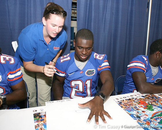 080817_WrightMajor_5213_TCasey<br /> <br /> photo by Tim Casey<br /> <br /> during the University of Florida football team's Alltel Football Fan Day on Sunday, August 17, 2008 at the Stephen C. O'Connell Center in Gainesville, Fla.