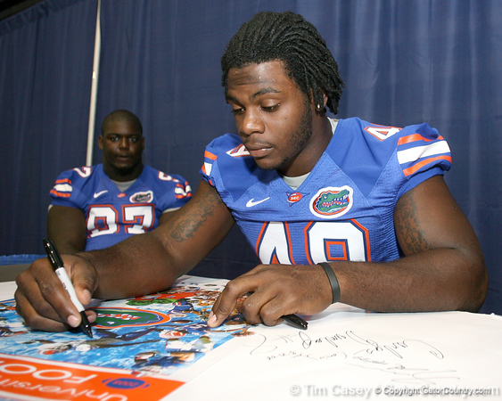 080817_CunninghamJermaine_5187_TCasey<br /> <br /> photo by Tim Casey<br /> <br /> during the University of Florida football team's Alltel Football Fan Day on Sunday, August 17, 2008 at the Stephen C. O'Connell Center in Gainesville, Fla.