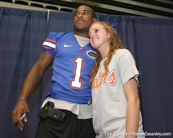 080817_HarvinPercy_5267_TCasey<br /> <br /> photo by Tim Casey<br /> <br /> during the University of Florida football team's Alltel Football Fan Day on Sunday, August 17, 2008 at the Stephen C. O'Connell Center in Gainesville, Fla.