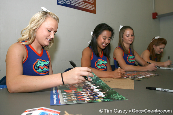 080817_UFcheerleader_5283_TCasey<br /> <br /> photo by Tim Casey<br /> <br /> during the University of Florida football team's Alltel Football Fan Day on Sunday, August 17, 2008 at the Stephen C. O'Connell Center in Gainesville, Fla.