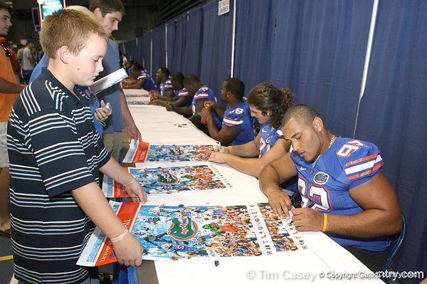 080817_SandersTerron_5172_TCasey<br /> <br /> photo by Tim Casey<br /> <br /> during the University of Florida football team's Alltel Football Fan Day on Sunday, August 17, 2008 at the Stephen C. O'Connell Center in Gainesville, Fla.