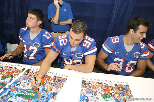 080817_KaneBobby_5236_TCasey<br /> <br /> photo by Tim Casey<br /> <br /> during the University of Florida football team's Alltel Football Fan Day on Sunday, August 17, 2008 at the Stephen C. O'Connell Center in Gainesville, Fla.