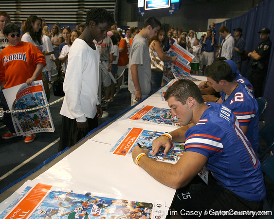 080817_TebowTim_5109_TCasey<br /> <br /> photo by Tim Casey<br /> <br /> during the University of Florida football team's Alltel Football Fan Day on Sunday, August 17, 2008 at the Stephen C. O'Connell Center in Gainesville, Fla.