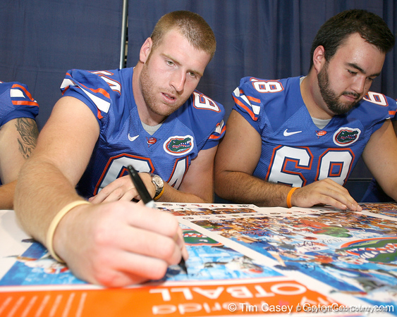 080817_NewellKyle_5166_TCasey<br /> <br /> photo by Tim Casey<br /> <br /> during the University of Florida football team's Alltel Football Fan Day on Sunday, August 17, 2008 at the Stephen C. O'Connell Center in Gainesville, Fla.