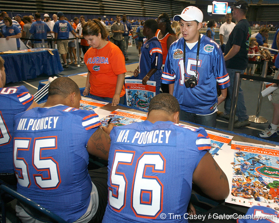 080817_PounceyMikePounceyMaurkice_5154_TCasey<br /> <br /> photo by Tim Casey<br /> <br /> during the University of Florida football team's Alltel Football Fan Day on Sunday, August 17, 2008 at the Stephen C. O'Connell Center in Gainesville, Fla.