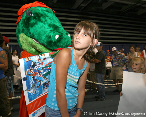 080817_Alberta_5089_TCasey<br /> <br /> photo by Tim Casey<br /> <br /> during the University of Florida football team's Alltel Football Fan Day on Sunday, August 17, 2008 at the Stephen C. O'Connell Center in Gainesville, Fla.