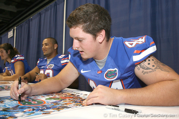 080817_LemmensDuke_5175_TCasey<br /> <br /> photo by Tim Casey<br /> <br /> during the University of Florida football team's Alltel Football Fan Day on Sunday, August 17, 2008 at the Stephen C. O'Connell Center in Gainesville, Fla.
