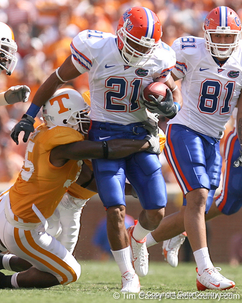 photo by Tim Casey<br /> <br /> Florida redshirt sophomore running back Emmanuel Moody runs nine yards to the 41-yard line during the first half of the Gators' game against the Tennessee Volunteers on Saturday, September 20, 2008 at Neyland Stadium in Knoxville, Tenn.