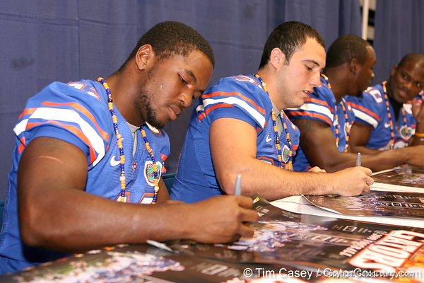 Florida freshman linebacker Jelani Jenkins signs autographs during the Gators' annual preseason fan day on Sunday, August 16, 2009 at the Stephen C. O'Connell Center in Gainesville, Fla. / Gator Country photo by Tim Casey