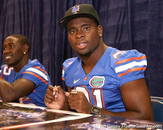 Florida junior safety Major Wright signs autographs during the Gators' annual preseason fan day on Sunday, August 16, 2009 at the Stephen C. O'Connell Center in Gainesville, Fla. / Gator Country photo by Tim Casey