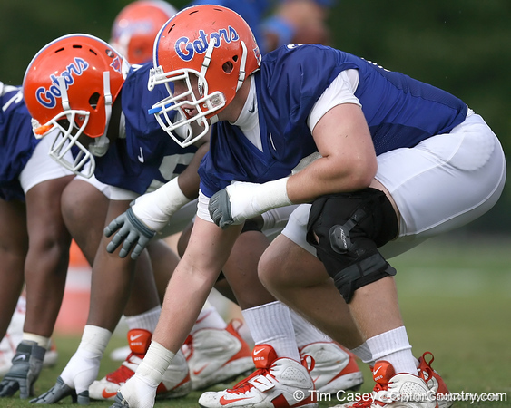 photo by Tim Casey<br /> <br /> William Steinmann lines up during the Gators' second day of spring football practice on Friday, March 27, 2009 at the Sanders football practice fields in Gainesville, Fla.