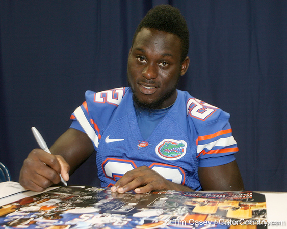Florida freshman strong safety Matt Elam signs an autograph during the Gators' annual Fan Day on Sunday, August 15, 2010 at the Stephen C. O'Connell Center in Gainesville, Fla. / Gator Country photo by Tim Casey