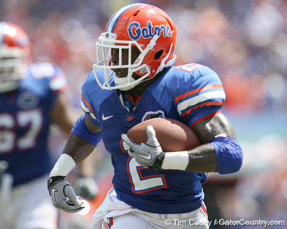 Florida junior running back Jeff Demps runs 62 yards for a touchdown during the second half of the Gators' 38-14 win against the South Florida Bulls on Saturday, September 11, 2010 at Ben Hill Griffin Stadium in Gainesville, Fla. / Gator Country photo by Tim Casey