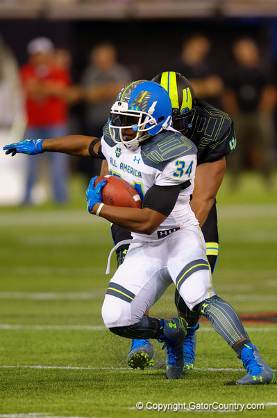 Team Highlight RB Damien Harris rushes downfield in the second quarter.  2015 Under Armour All-America High School Football Game.  January 2nd, 2015. Gator Country photo by David Bowie.