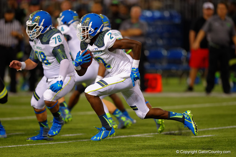 Team Highlight WR Calvin Ridley rushes downfield during a kick return.  2015 Under Armour All-America High School Football Game.  January 2nd, 2015. Gator Country photo by David Bowie.