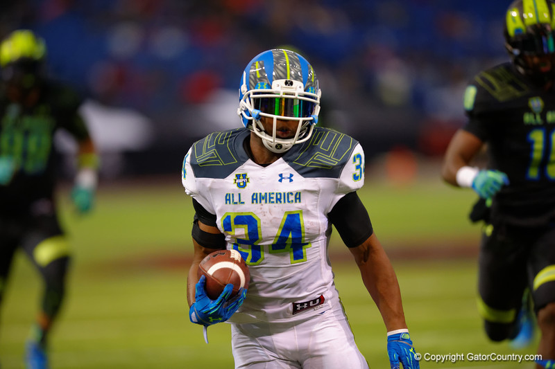Team Highlight RB Damien Harris races into the endzone for his second touchdown of the game.  2015 Under Armour All-America High School Football Game.  January 2nd, 2015. Gator Country photo by David Bowie.