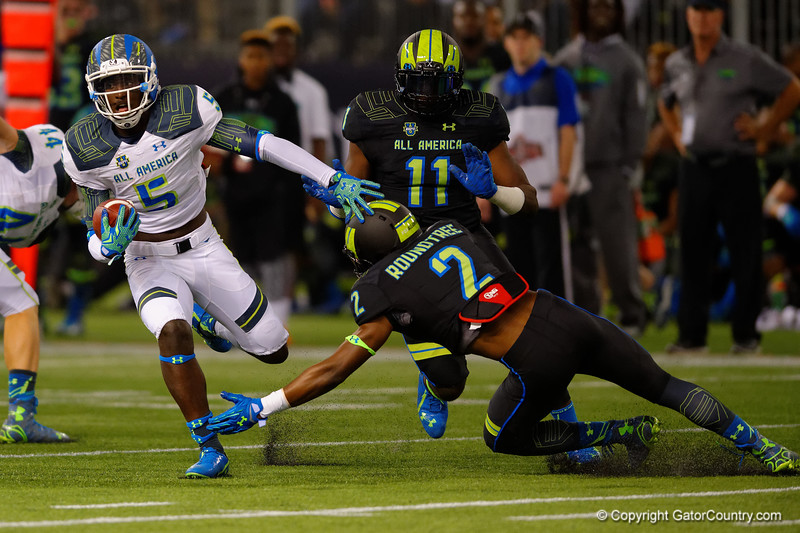 Team Highlight WR Da'Vante Phillips cuts back and rushes downfield.  2015 Under Armour All-America High School Football Game.  January 2nd, 2015. Gator Country photo by David Bowie.
