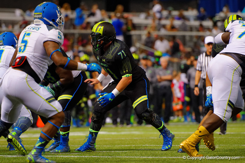 Team Armour OG Tyler Jordan blocking during the fourth quarter.  2015 Under Armour All-America High School Football Game.  January 2nd, 2015. Gator Country photo by David Bowie.