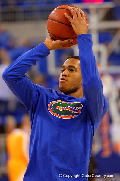 Florida Gators guard Kasey Hill during shooting drills before the game.  Florida Gators vs Tennessee Vols.  February 28th, 2015. Gator Country photo by David Bowie.