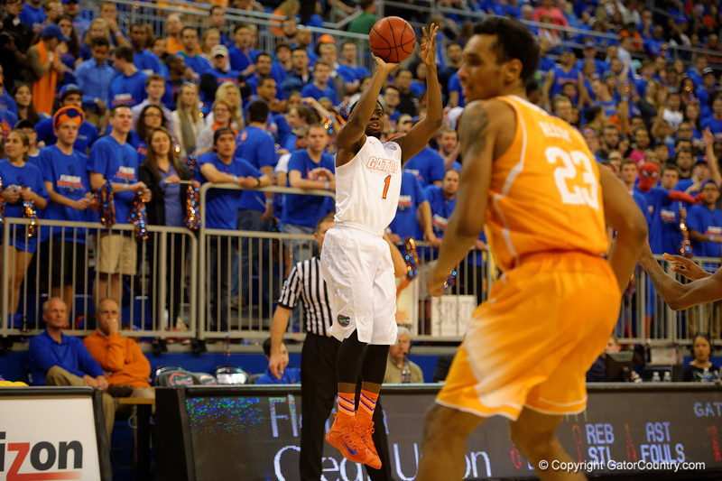 Florida Gators guard Eli Carter shoots a three pointer during the first half.  Florida Gators vs Tennessee Vols.  February 28th, 2015. Gator Country photo by David Bowie.