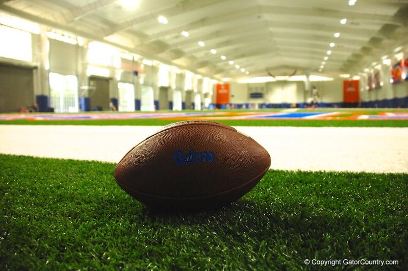 Gators_Football_At_Indoor_Practice_Facility_Florida_Gators_Football_2015/9/1_4288x2848