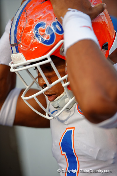 Florida Gators defensive back Vernon Hargreaves, III walkw up to the practice field for fall practice.  August 27th, 2015.  Gator Country Photo by David Bowie.