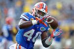 Florida Gators linebacker Jarrad Davis during pre-game warm ups as the Univeristy of Florida Gators and the University of Michigan Wolverines square off in the 2016 Buffalo Wild Wings Citrus Bowl.  Orlando, Fl.  January 1st, 2015. Gator Country photo by David Bowie.