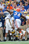 Michigan wide receiver Jehu Chesson makes an over the shoulder catch during the first half as the Univeristy of Florida Gators and the University of Michigan Wolverines square off in the 2016 Buffalo Wild Wings Citrus Bowl.  Orlando, Fl.  January 1st, 2015. Gator Country photo by David Bowie.