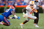 Tennessee Volunteers running back Alvin Kamara sprints to the outside in the second half as the Gators come from behind late in the fourth quarter at home to beat the Tennessee Volunteers 28-27.  September 26th, 2015. Gator Country photo by David Bowie.