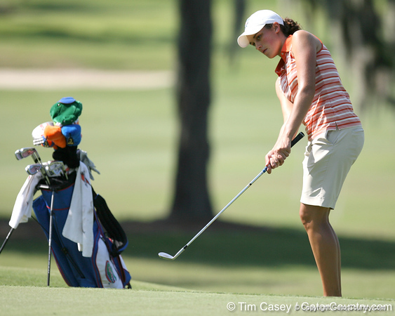 Florida freshman Evan Jensen  practices a chip swing during the first round of the NCAA Women's Golf East Regional on Thursday, May 7, 2009 at the Mark Bostick Golf Course in Gainesville, Fla. / Gator Country photo by Tim Casey
