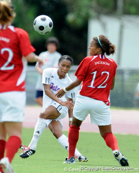photo by Casey Brooke Lawson<br /> <br /> Florida senior midfielder/forward Ameera Abdullah makes a pass during the Gators' 2-1 win against the Kansas Jayhawks on Sunday, September 21, 2008 at James G. Pressly Stadium in Gainesville, Fla.